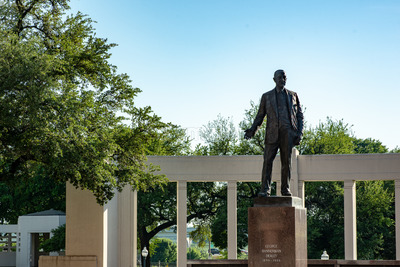 Dallas, Texas - May 7, 2018: George Bannerman Dealey Monument in Dealey Plaza, Dallas, Texas Stock Photo