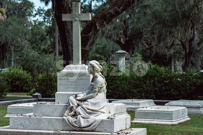 Corinne Elliott Lawton Cemetery Statuary Statue Bonaventure Cemetery Savannah Georgia Stock Photo